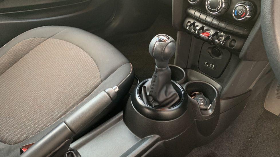 Image 10 - MINI Hatch (CX18SWF)