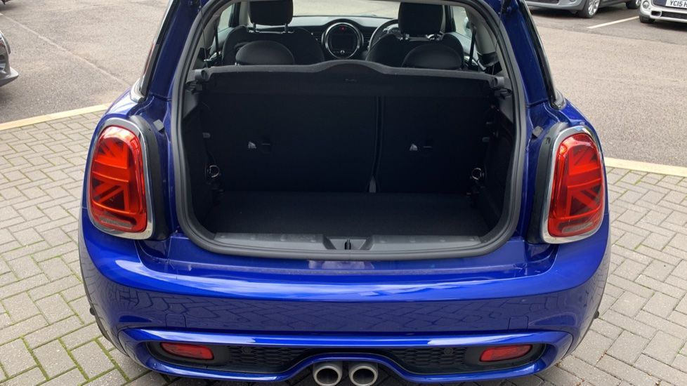 Image 13 - MINI Hatch (PE69VDT)