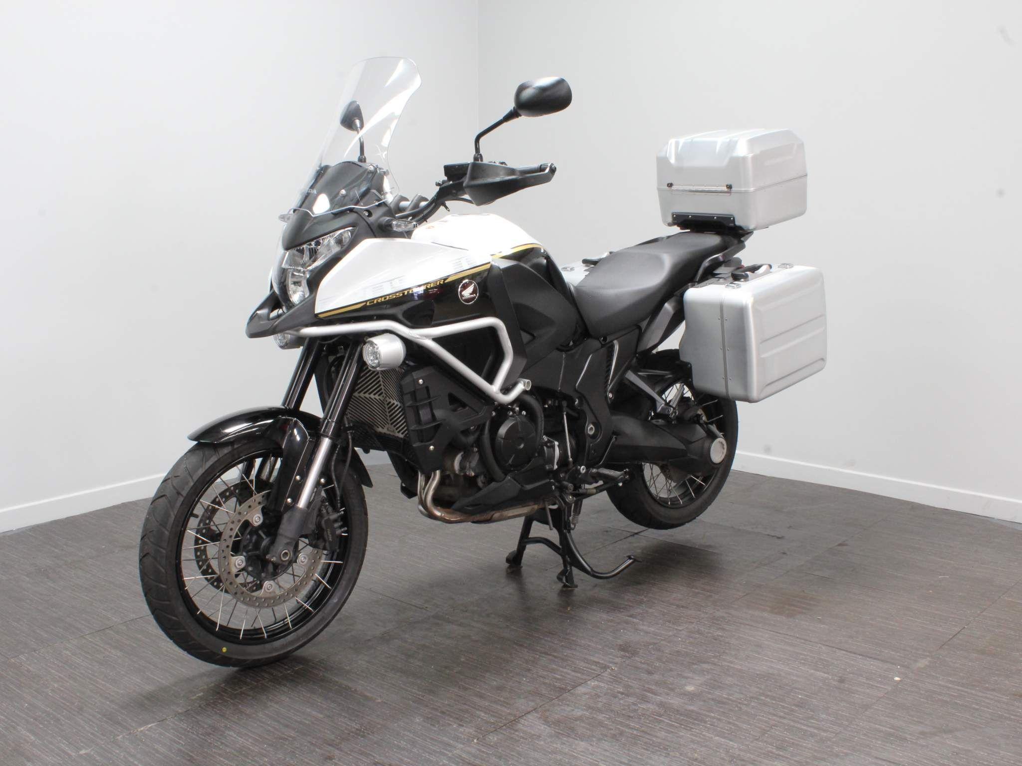 Honda VFR1200X Crosstourer Images
