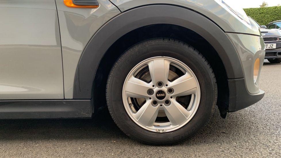 Image 14 - MINI Hatch (CX18SWF)