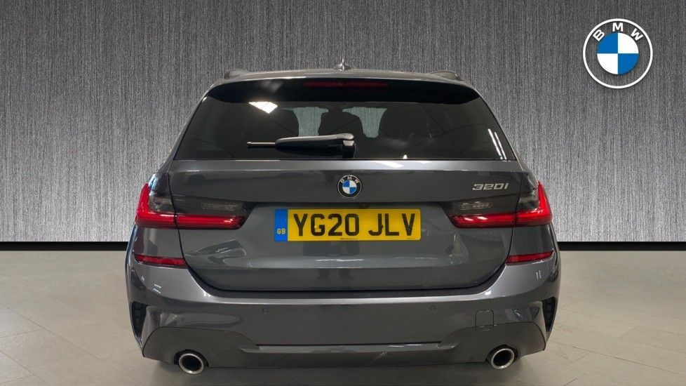 Image 15 - BMW 320i M Sport Touring (YG20JLV)