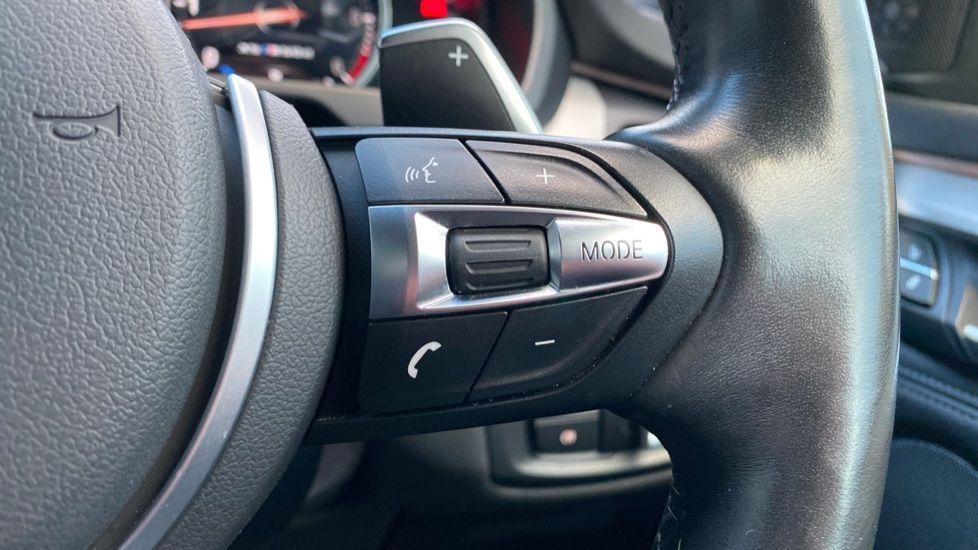 Image 18 - BMW M50d (MA18HPX)