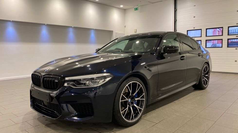 Image 19 - BMW BMW  Competition Saloon (VN19AXW)
