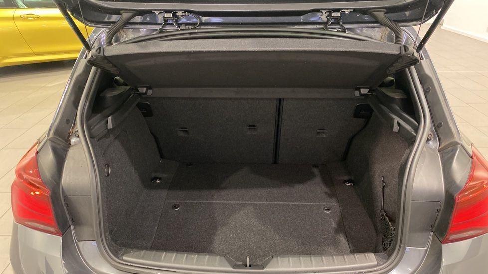 Image 13 - BMW 118i M Sport Shadow Edition 5-door (YD68PPY)