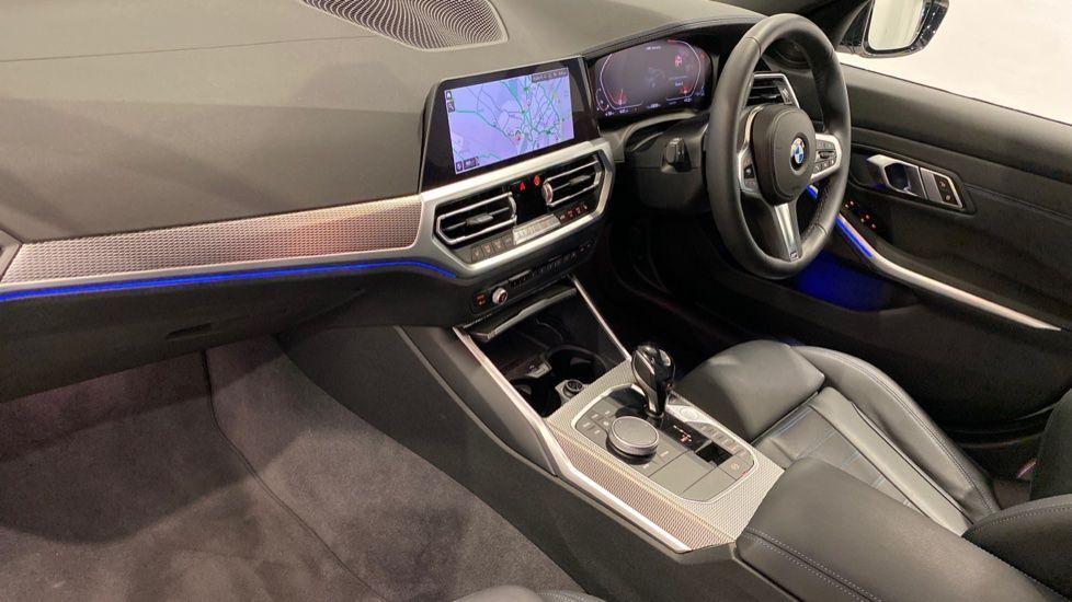 Image 12 - BMW M340i xDrive Saloon (DE20WBD)