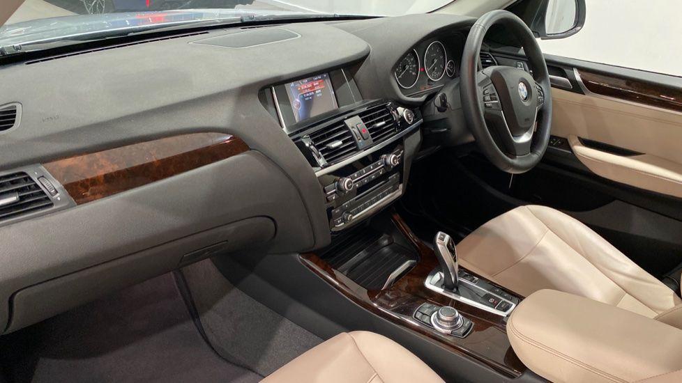 Image 12 - BMW xDrive20d xLine (DA17EEF)