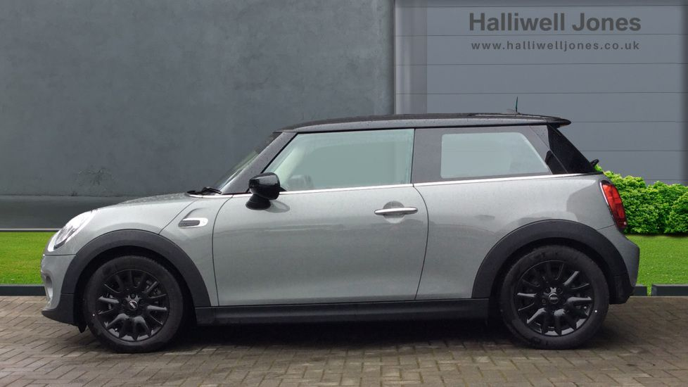 Image 3 - MINI Hatch (YH69JPO)