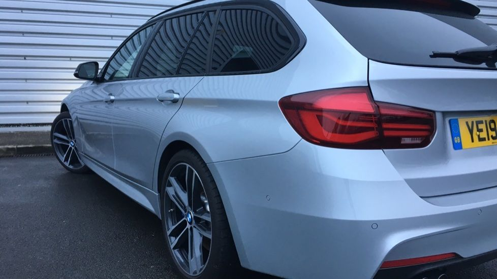 Image 27 - BMW 320d M Sport Shadow Edition Touring (YE19BKD)