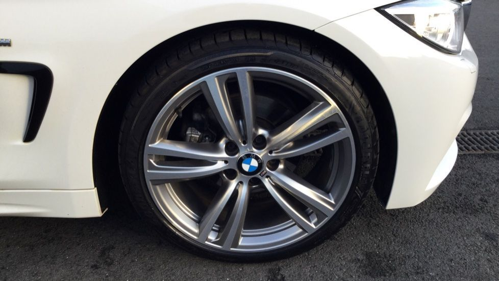 Image 10 - BMW 420d M Sport Coupe (YE14KGV)