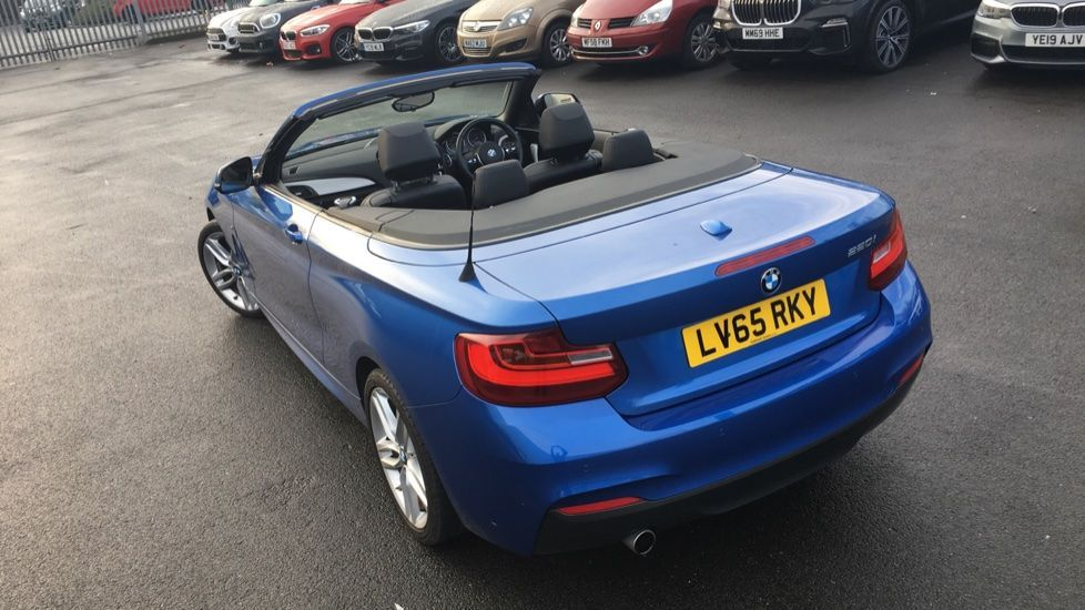 Image 27 - BMW 220i M Sport Convertible (LV65RKY)