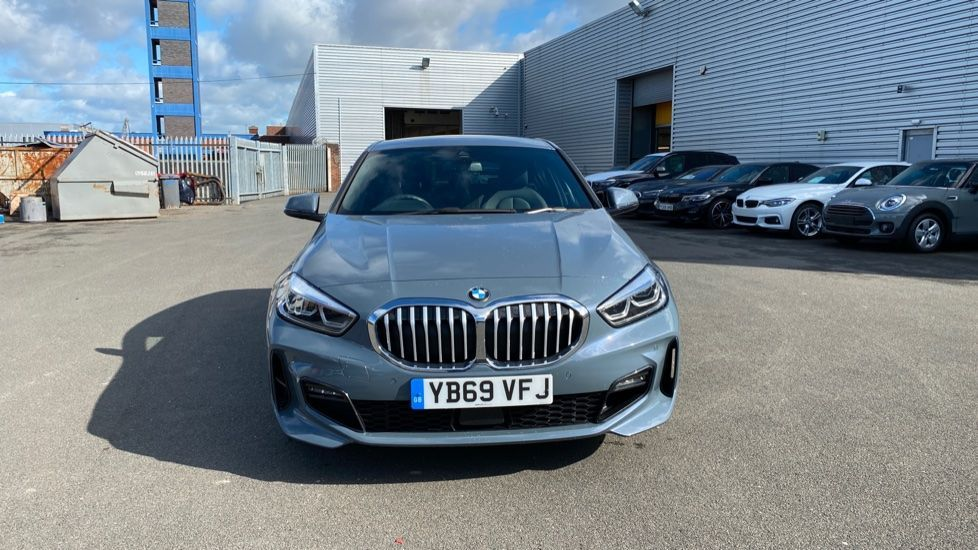 Image 16 - BMW 118i M Sport (YB69VFJ)