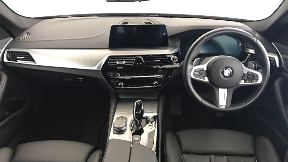Image 4 - BMW 520d M Sport Touring (YL69UCE)