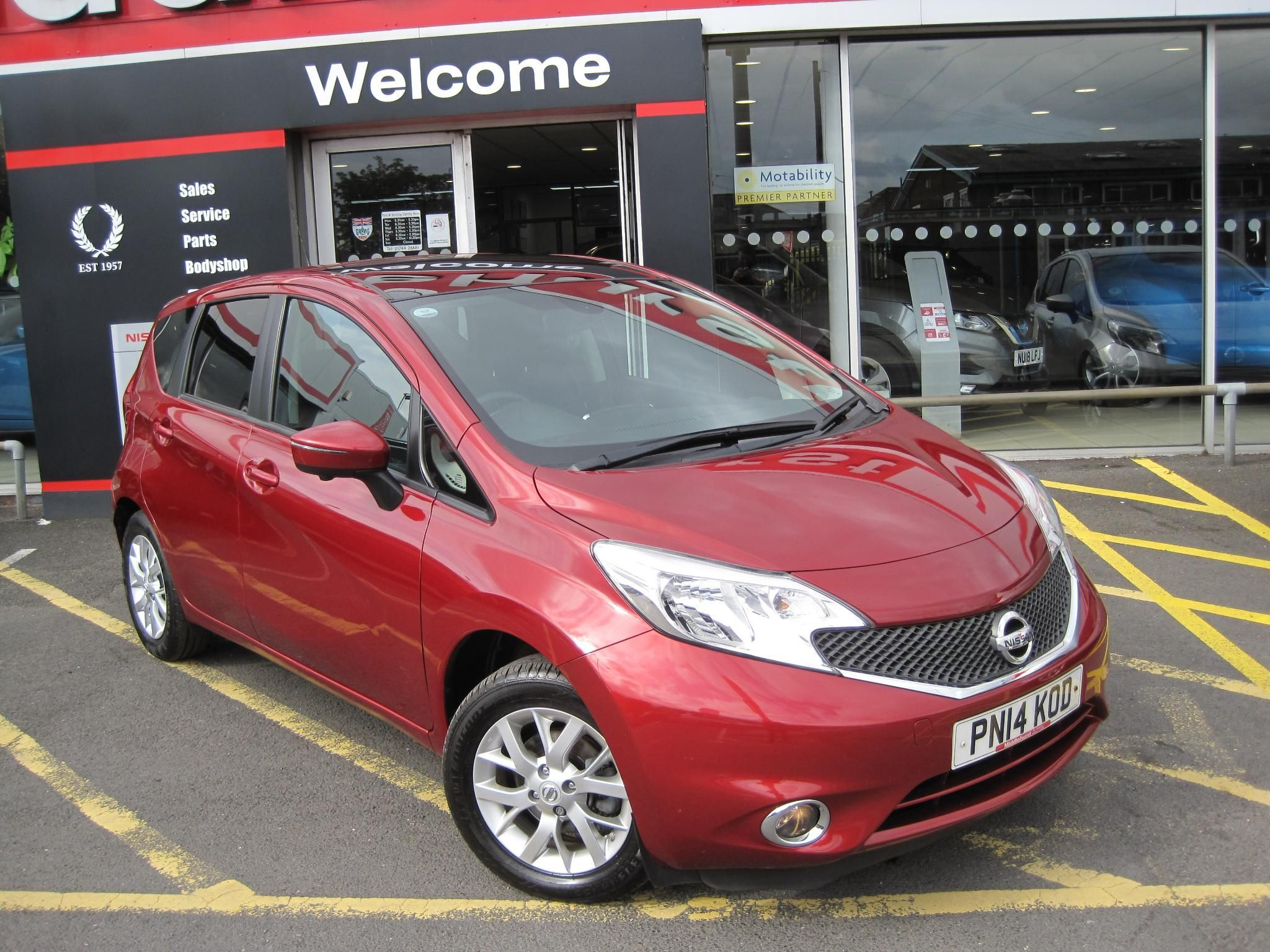 Nissan Note 1.2 Acenta Premium (Safety & Comfort Pack) 5dr