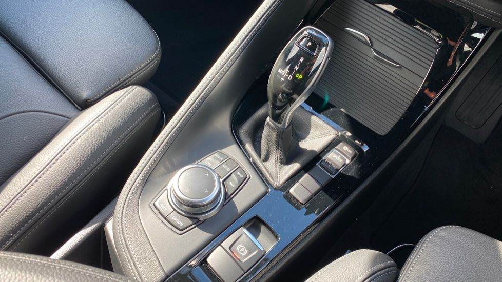 Image 10 - BMW sDrive20i M Sport (MF69JNV)