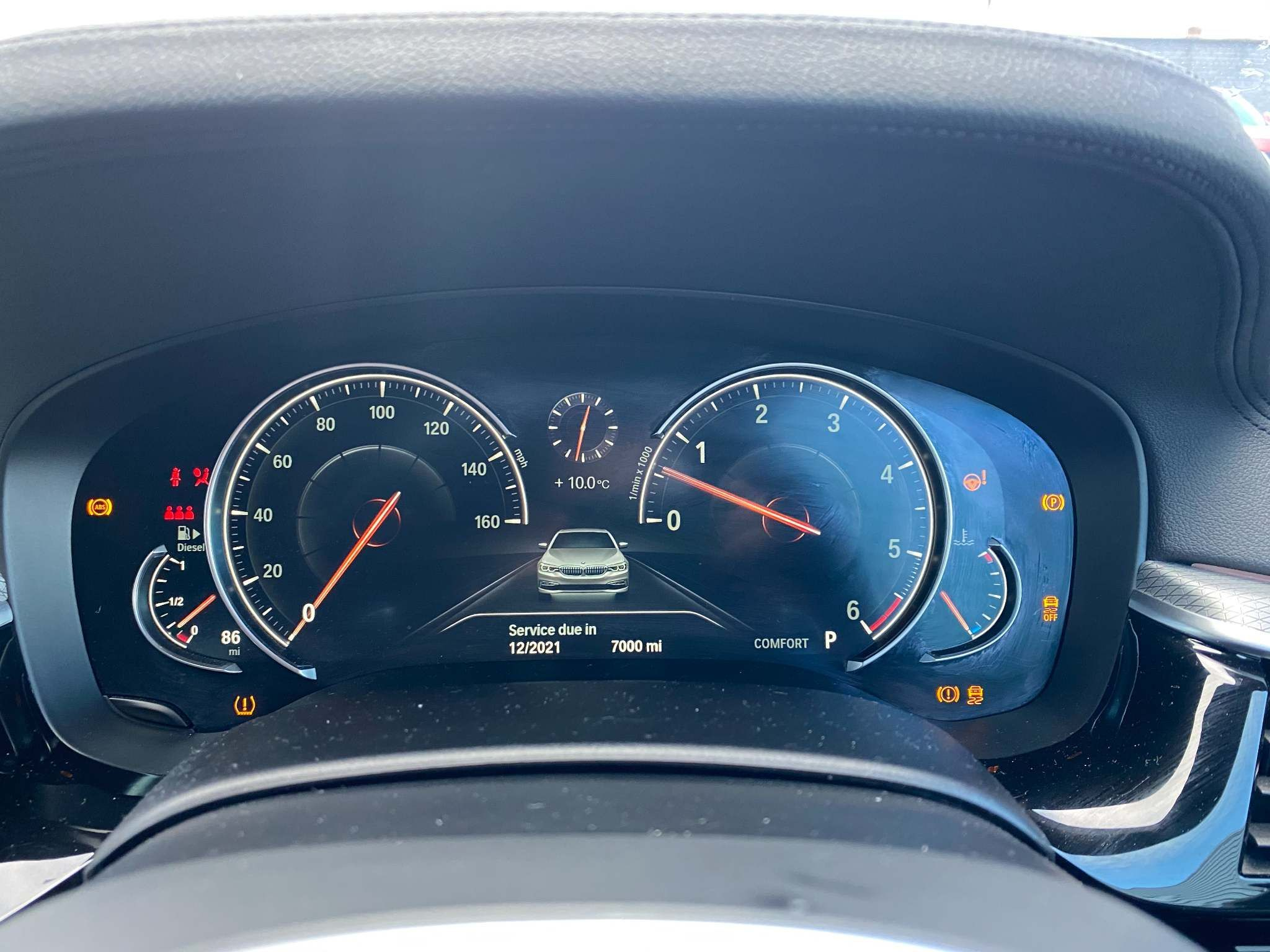 Image 15 - BMW 520d M Sport Saloon (MT67UPS)