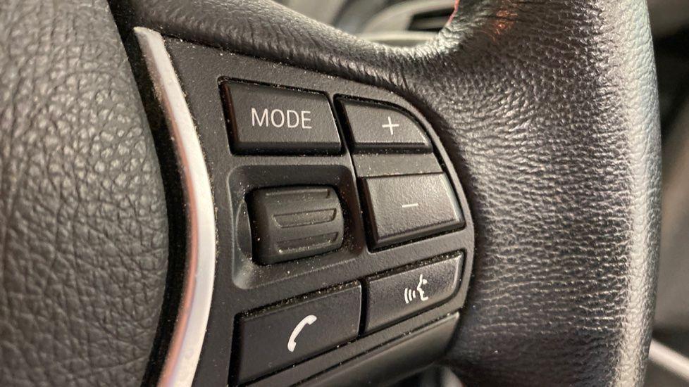 Image 7 - BMW 118i Sport 3-Door (LT17KBV)