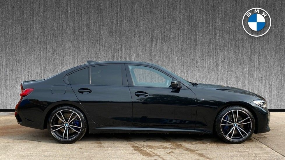 Image 3 - BMW 320i M Sport Saloon (YH20FLJ)