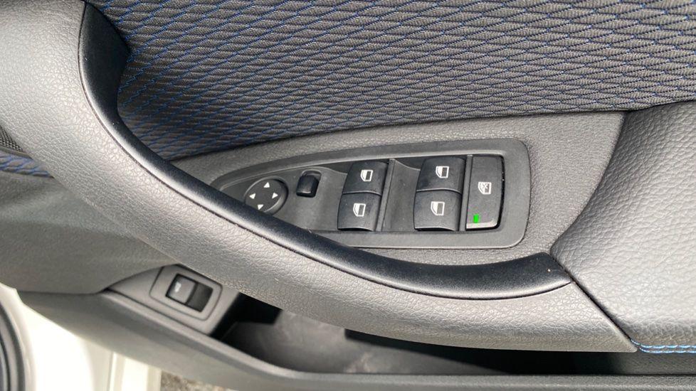 Image 20 - BMW sDrive18i M Sport (MM18LOD)