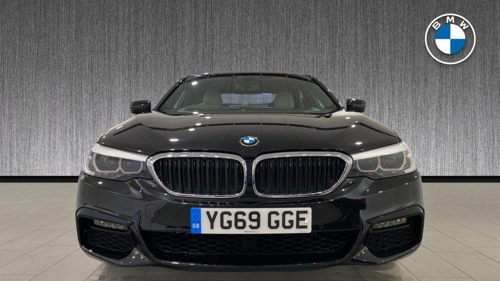 Image 16 - BMW 520i M Sport Saloon (YG69GGE)