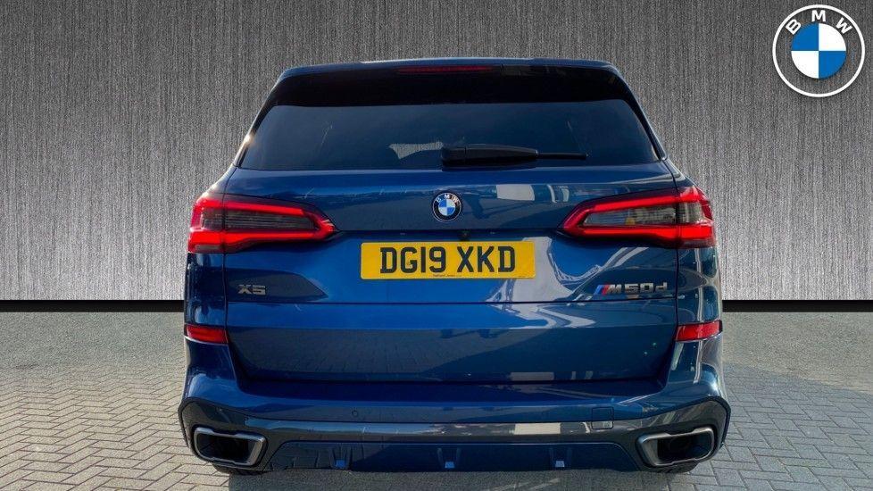 Image 5 - BMW M50d (DG19XKD)