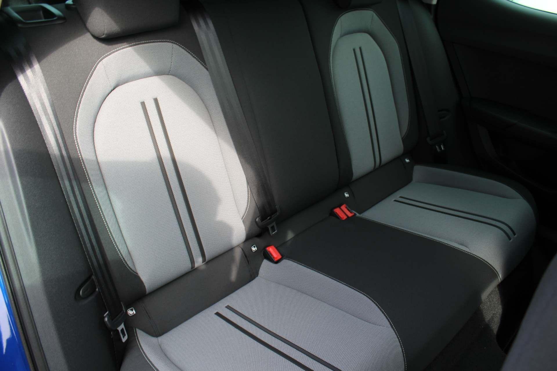 SEAT Leon Images