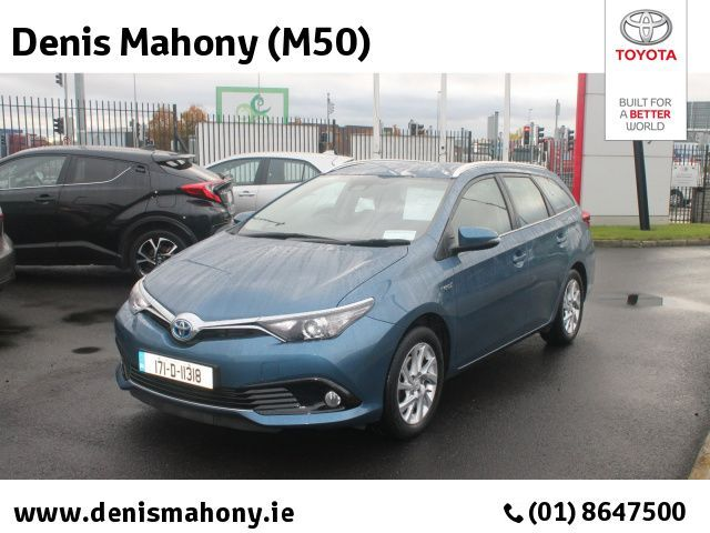 Toyota Auris HYBRID LUNA ESTATE Touring Sports