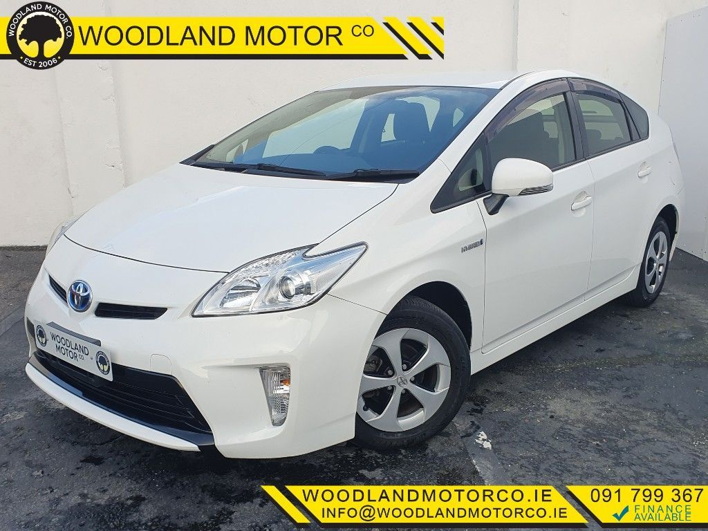 Toyota Prius 1.8 HYBRID ZVW30 / LOW MILEAGE / TAX €180 (142)