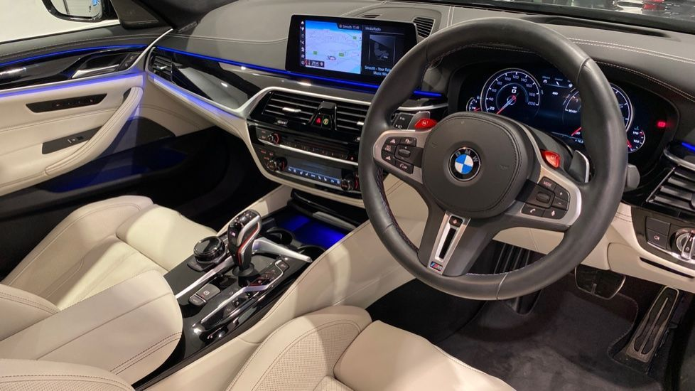 Image 4 - BMW BMW  Competition Saloon (VN19AXW)