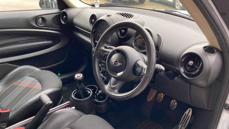 Image 5 - MINI Paceman (LY15ODL)