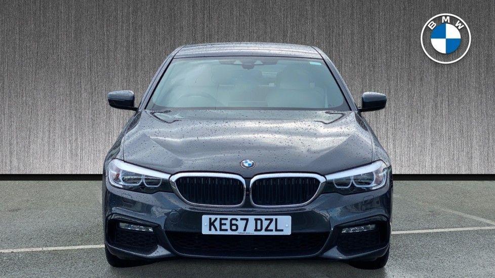 Image 16 - BMW 530e M Sport iPerformance Saloon (KE67DZL)