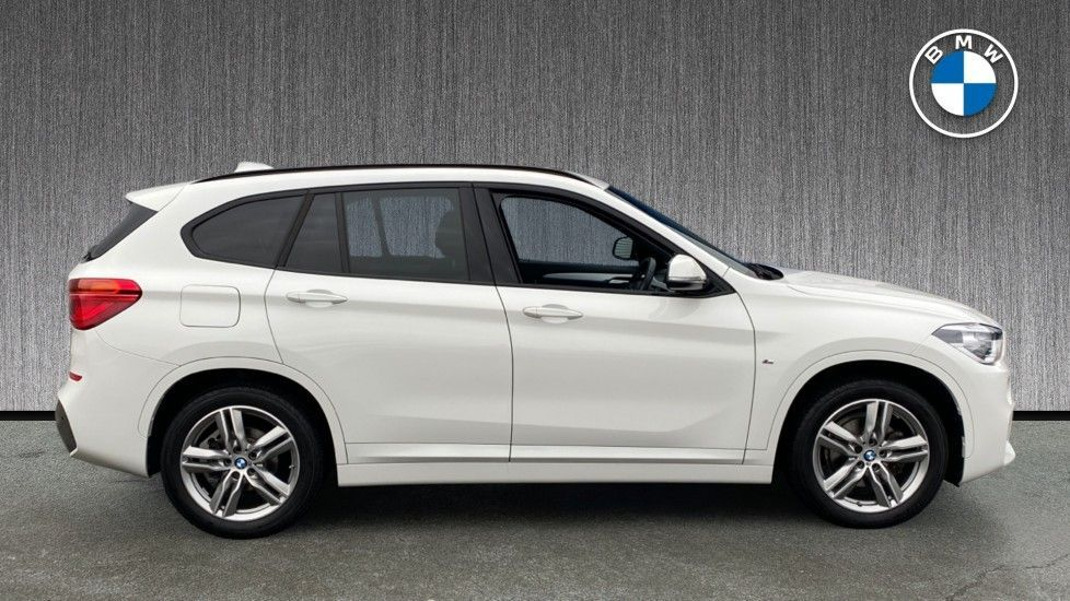 Image 3 - BMW sDrive18i M Sport (MM18LOD)