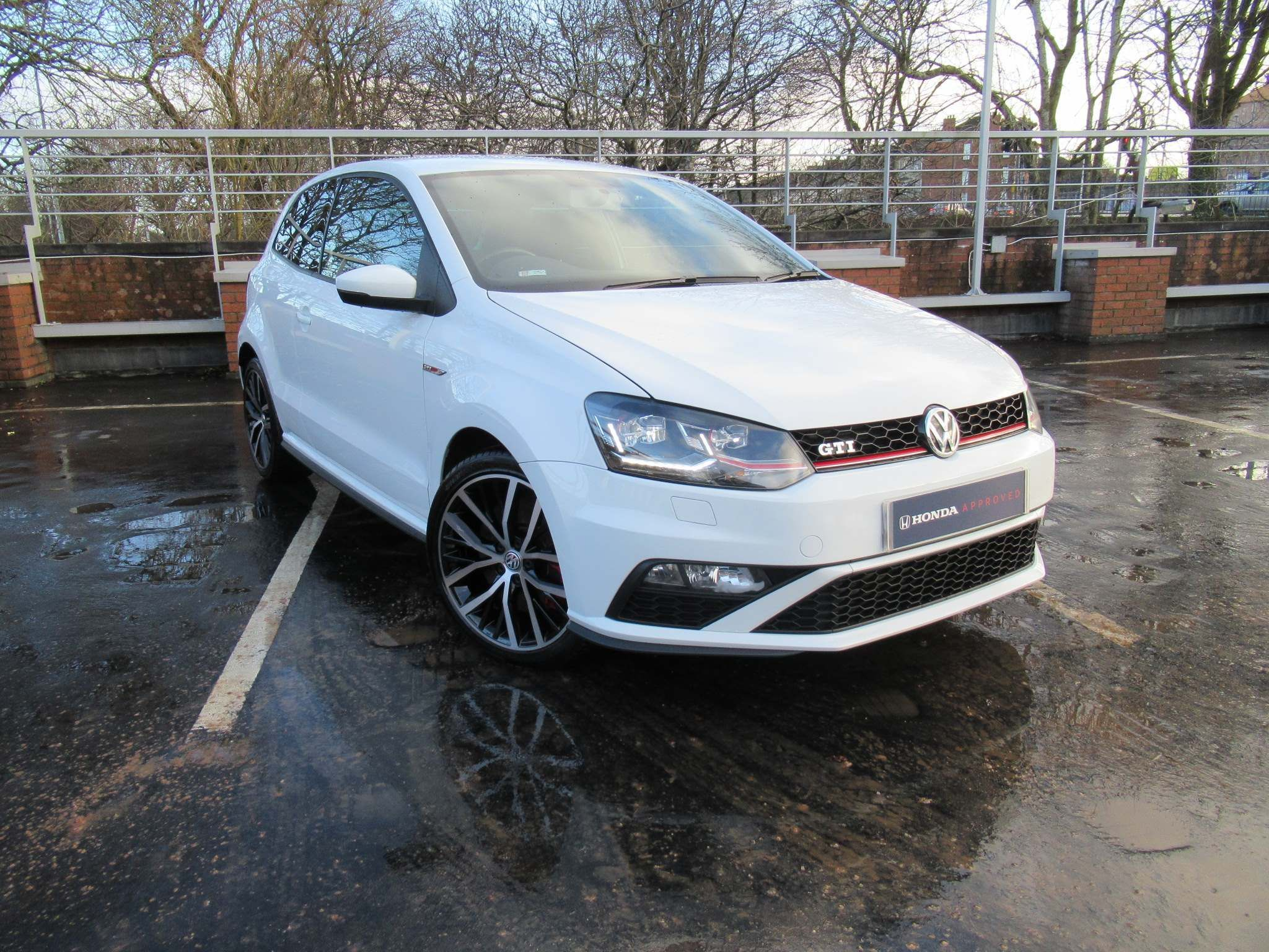Volkswagen Polo 1.8 TSI BlueMotion Tech GTI (s/s) 3dr