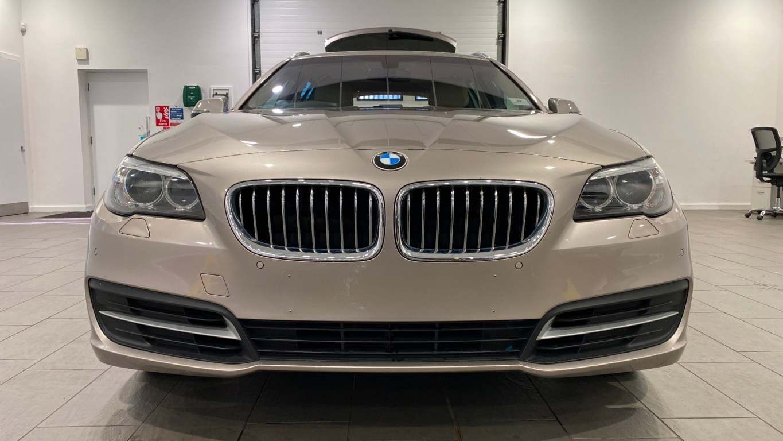 Image 6 - BMW 520d SE Touring (CY16SXZ)