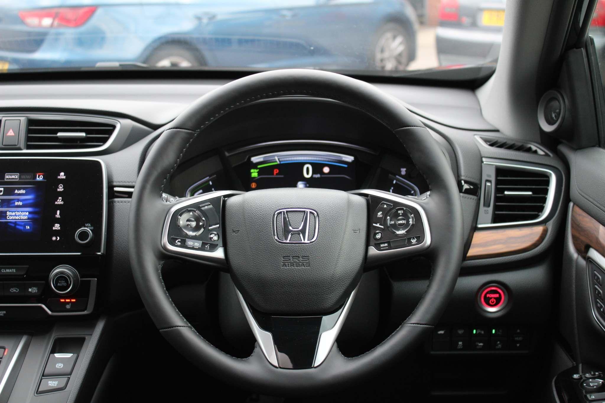 Honda CR-V Hybrid Images
