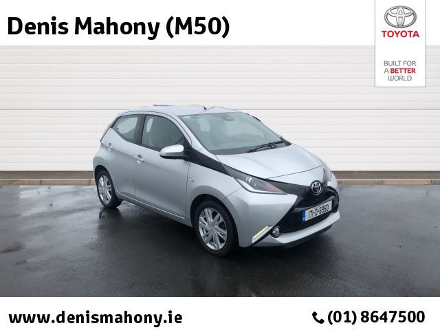 Toyota AYGO 1.0 5DR X-PLAY+