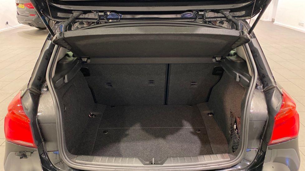 Image 13 - BMW 118i Sport 3-Door (LW17DCU)