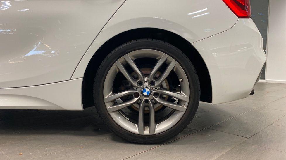 Image 14 - BMW 118i M Sport 5-Door (YK17XOA)