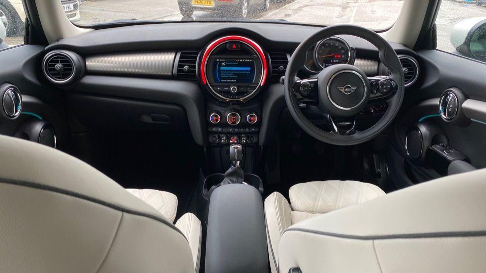 Image 4 - MINI Hatch (DK20KCE)
