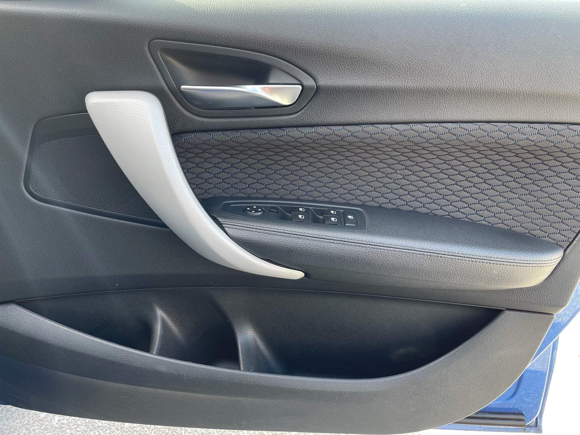 Image 17 - BMW 118d M Sport 5-Door (YF65XJM)