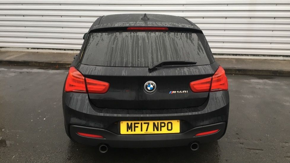 Image 25 - BMW M140i 5-door (MF17NPO)
