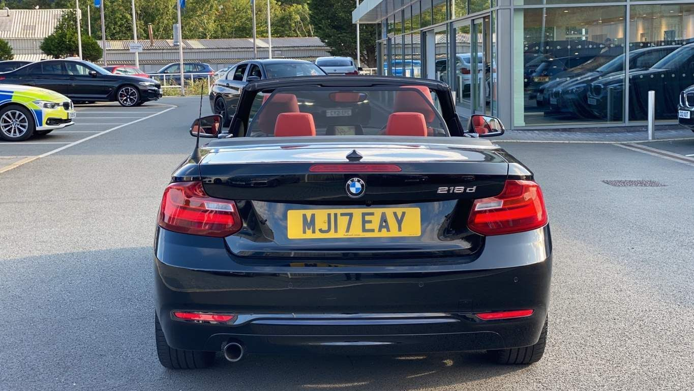 Image 15 - BMW 218d Sport Convertible (MJ17EAY)