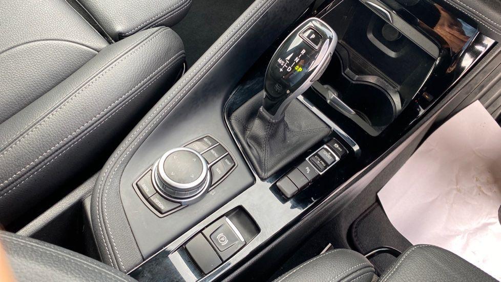 Image 10 - BMW sDrive20i M Sport (MF69HYX)