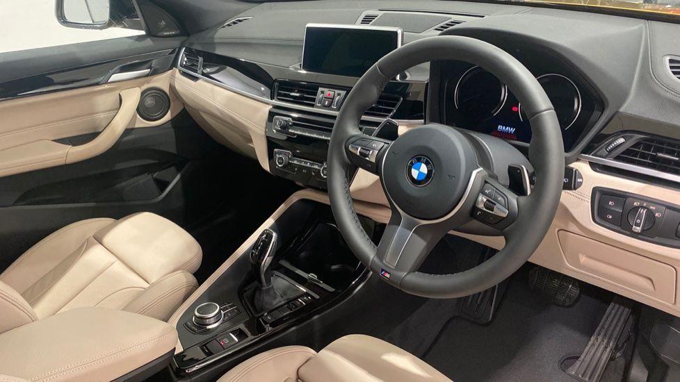 Image 4 - BMW xDrive18d M Sport (DE70OYV)