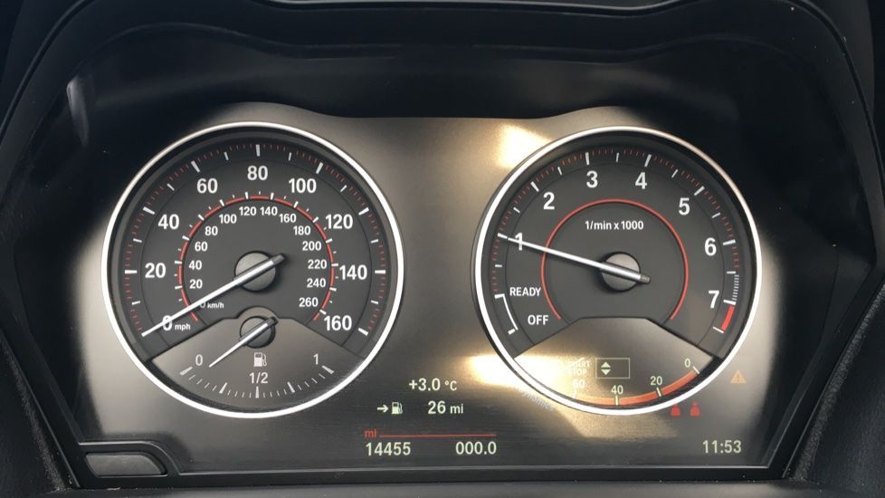Image 7 - BMW 220i M Sport Convertible (LV65RKY)