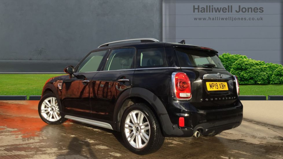 Image 2 - MINI Countryman (MP19XBH)