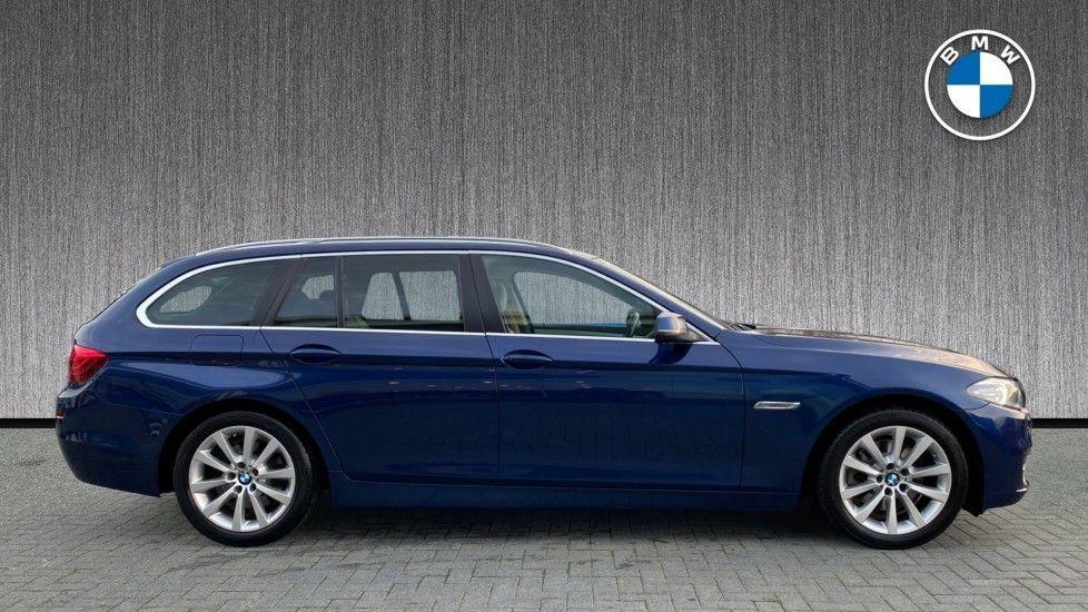 Image 3 - BMW 520d SE Touring (YF65WWD)