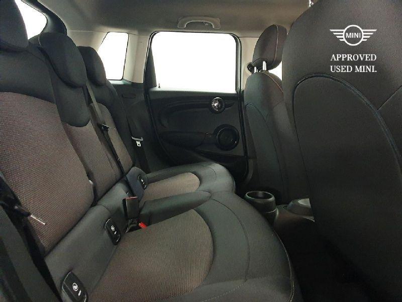 Used MINI Hatch 5-Door Hatch Cooper D (2018 (181))