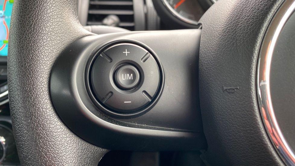 Image 17 - MINI Hatch (MX69WTM)