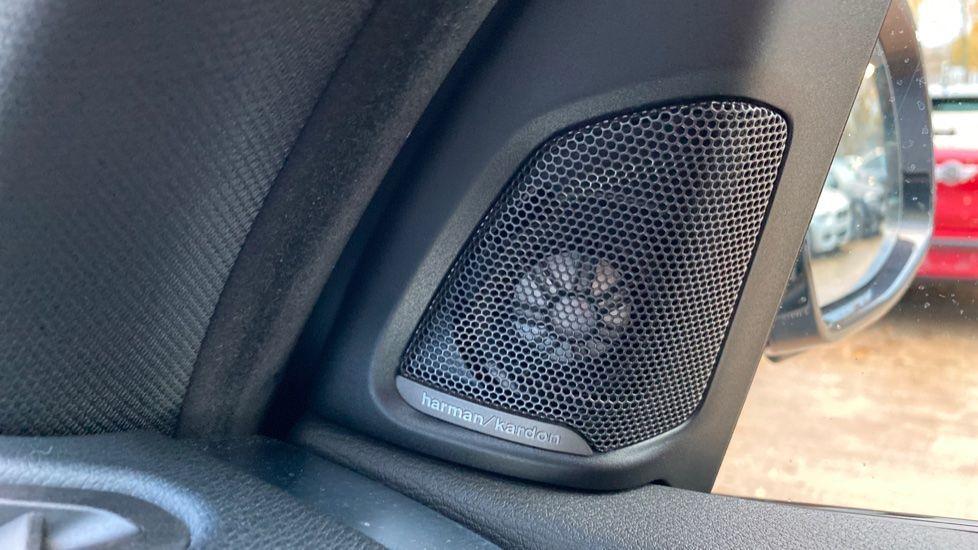 Image 19 - BMW M50d (MA18HPX)