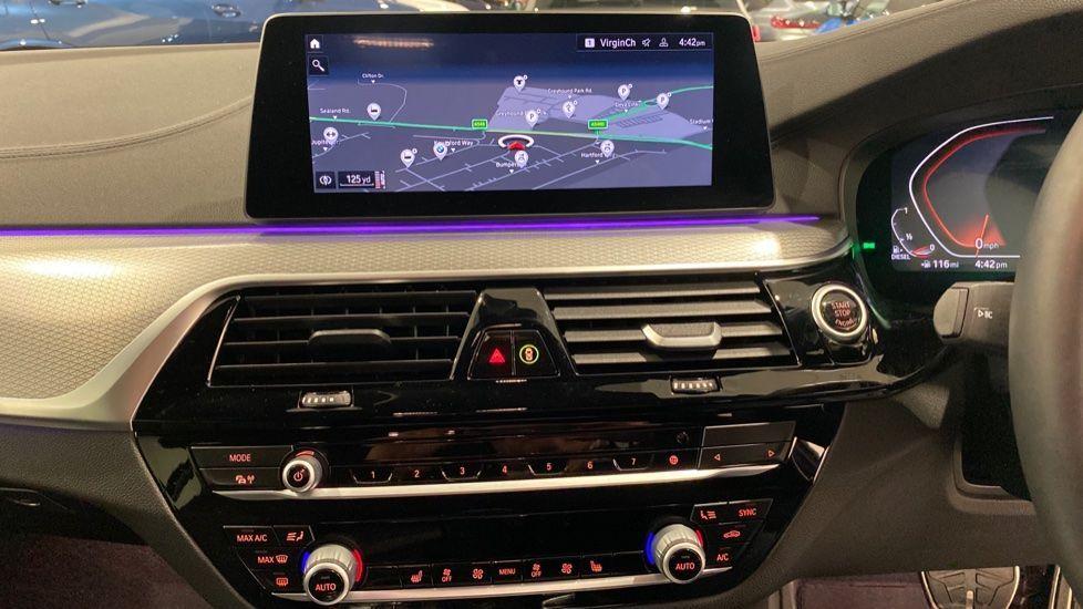 Image 5 - BMW 520d M Sport Touring (DE70OYW)